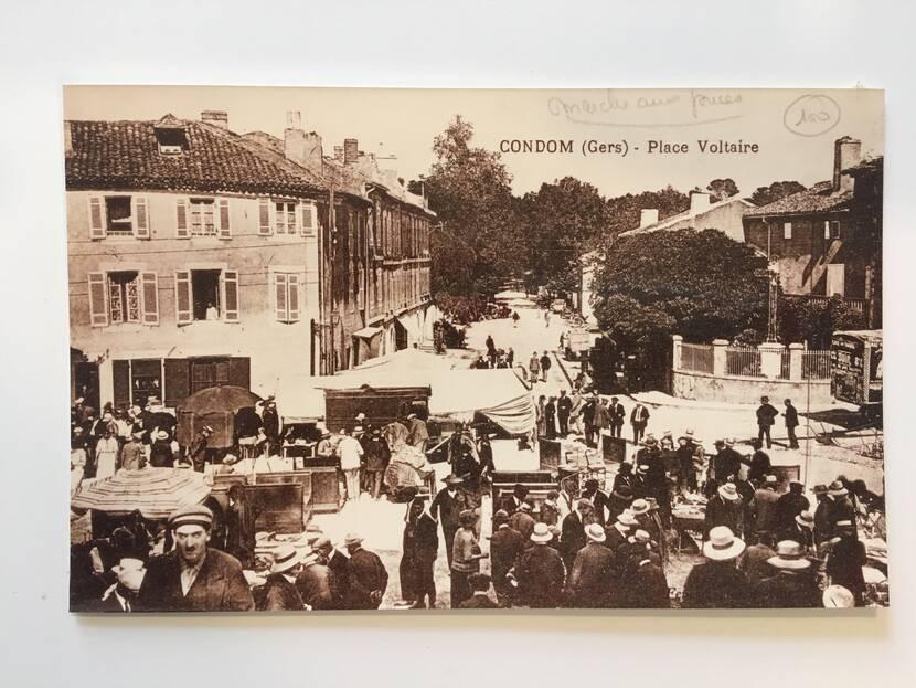 Flea market -  Old photo Fenestra