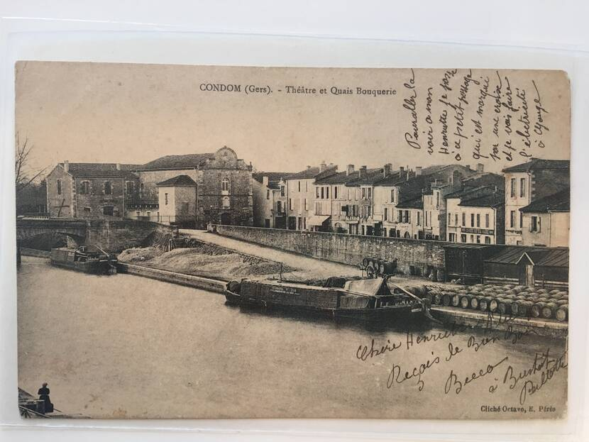 View of the quays and the Théâtre des Carmes - old photo Fenestra