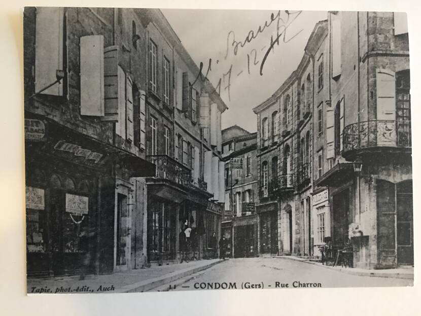 Charron street from Place Saint-Pierre - old photo Fenestra